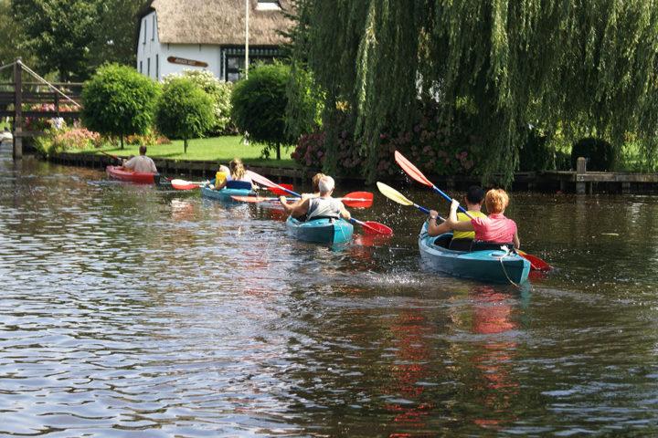 Weerribben canoeing